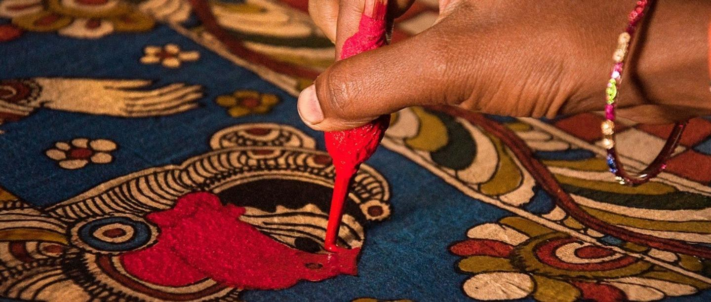 Kalamkari Crafts – A traditional art done mostly on textile